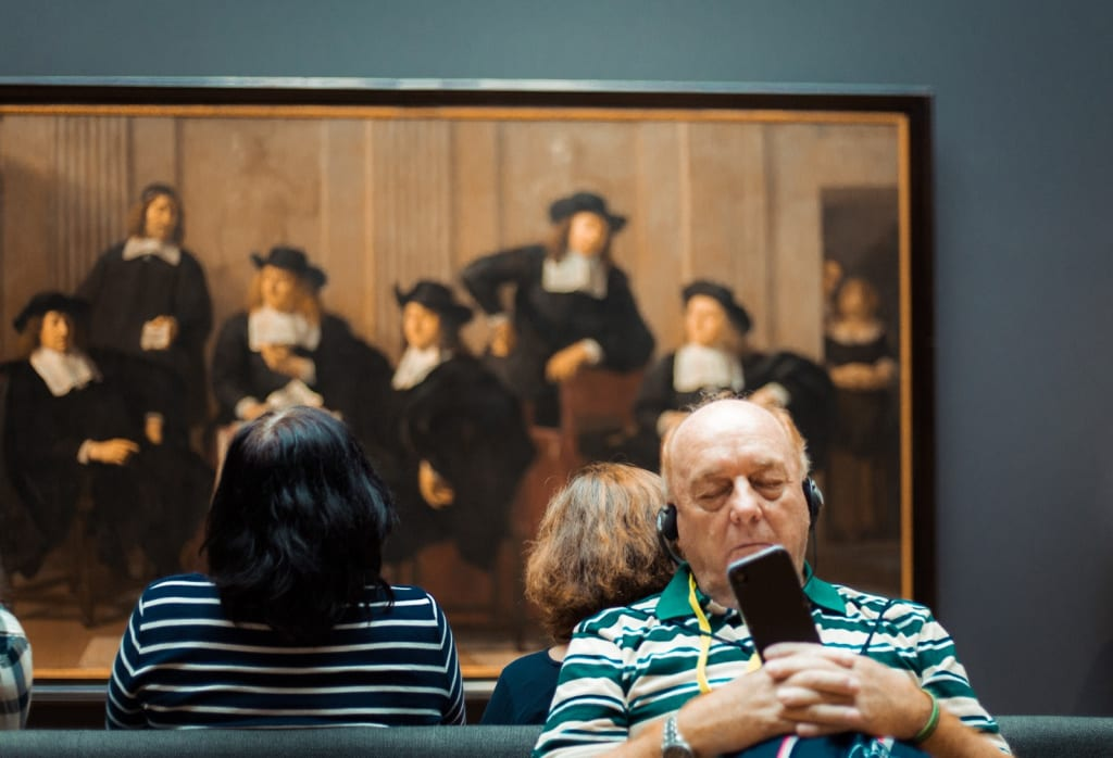 How Curators Can Enhance the Materiality of Digital Collections